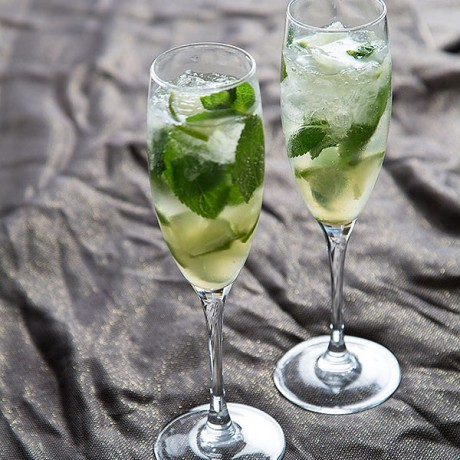 Good bye 2012, Welcome 2013 - Champagne Mojitos