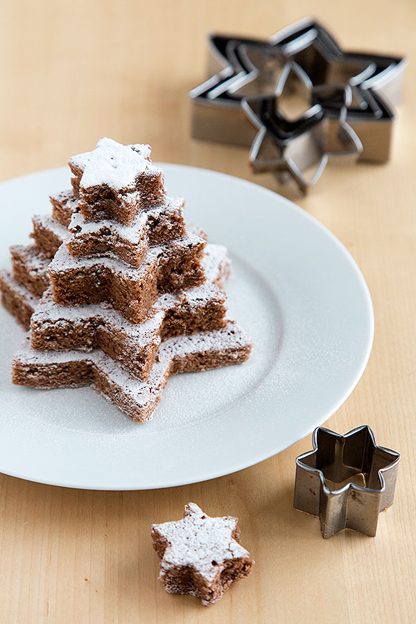 Star Brownies | 17 Christmas Brownie Recipes You Can Give As Presents