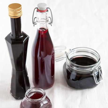 Advent Calendar Day 4 - Forest berry vinegar