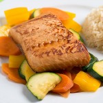 Teriyaki marinaded salmon with mixed vegetables